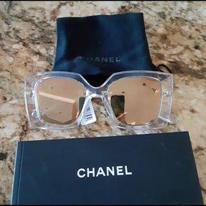 NEW, AUTHENTIC Chanel 6051, 24-Karat Gold Mirrored